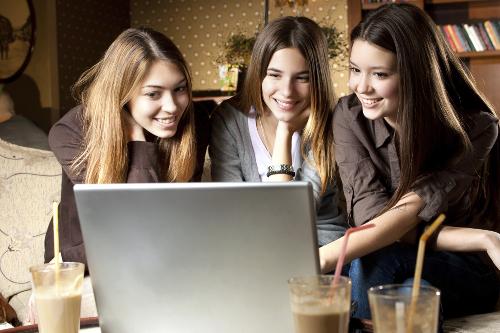 Datinggeweld Afspreken via online datingapps is niet zonder risico.